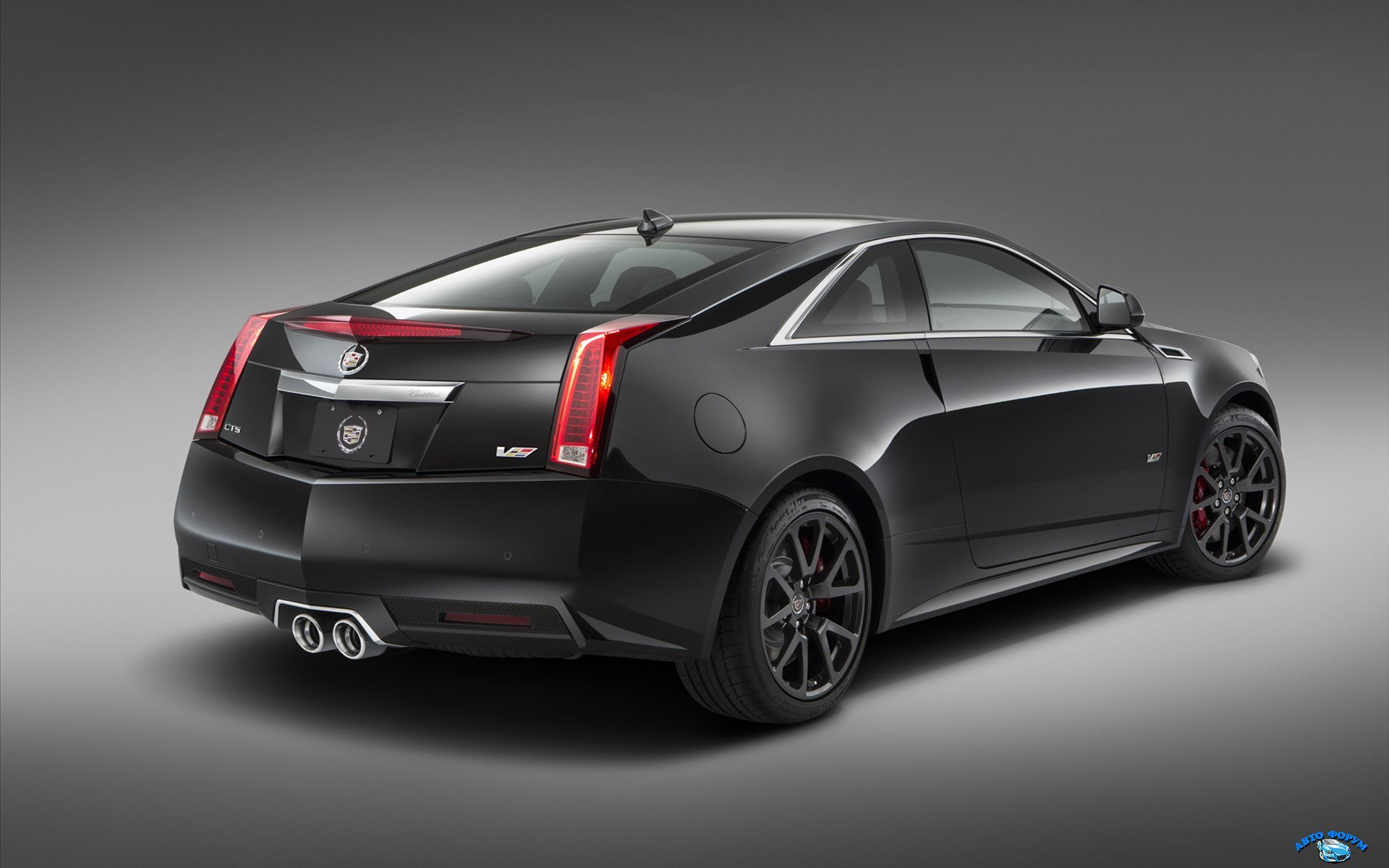Cadillac-CTS-V-Coupe-2015-widescreen-02.jpg