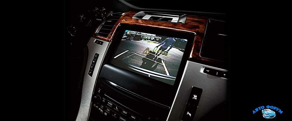 Cadillac Escalade 2014-4.jpg