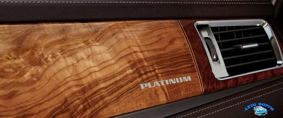 Cadillac Escalade 2014-5.jpg