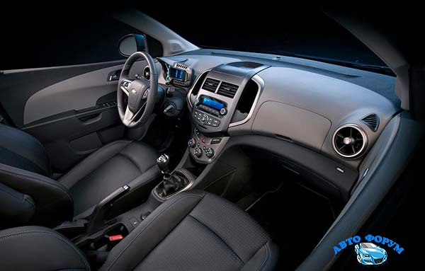 Chevrolet-Aveo-06.jpg