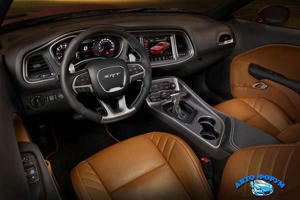 Dodge-Challenger-17.jpg