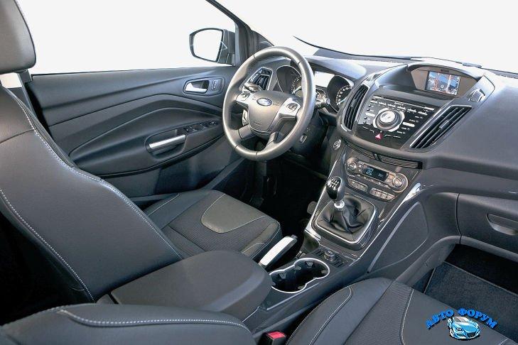Ford-Kuga-2.jpg