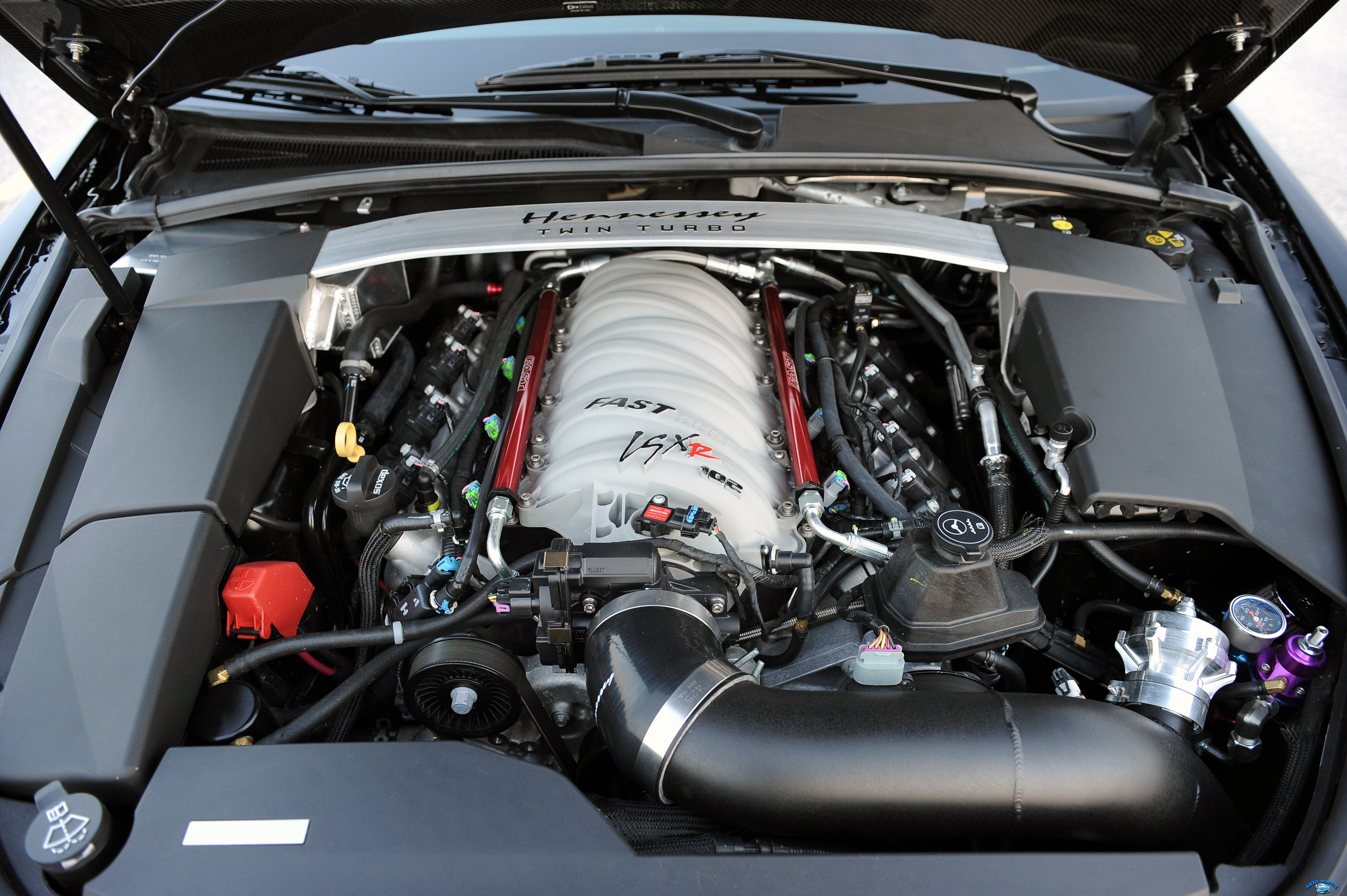 hennessey_cadillac_vr1200_twin_turbo-twin-turbo_engine_30.jpg