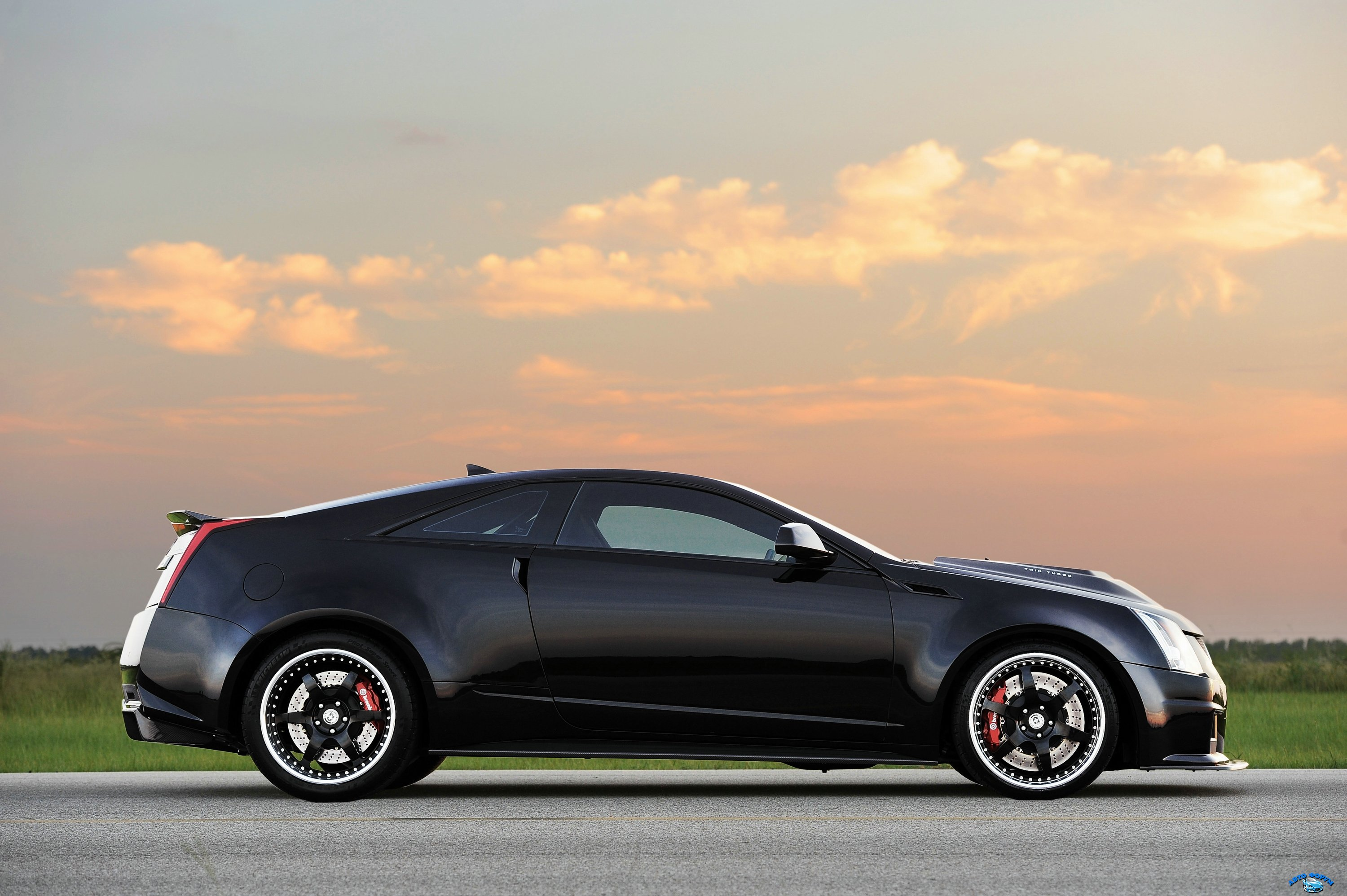 hennessey_cadillac_vr1200_twin_turbo_coupe_10.jpg