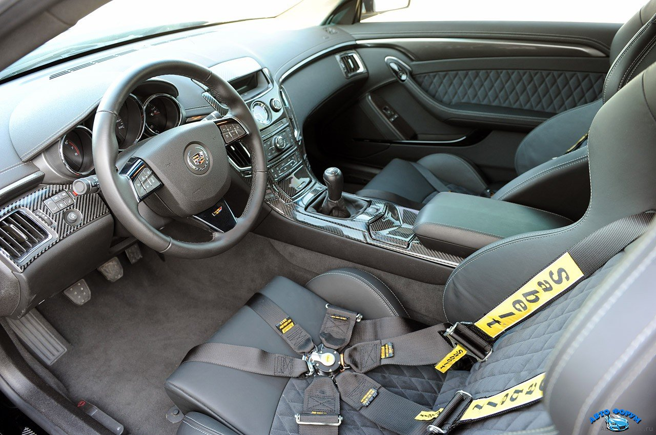 hennessey_cadillac_vr1200_twin_turbo_interior_33.jpg