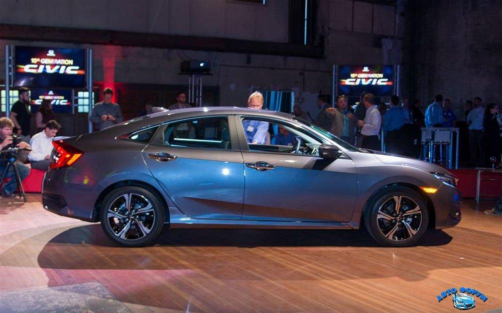 Honda-Civic-Sedan-2016-2017-5-min.jpg