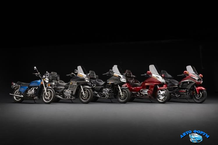 Honda Gold Wing.jpg