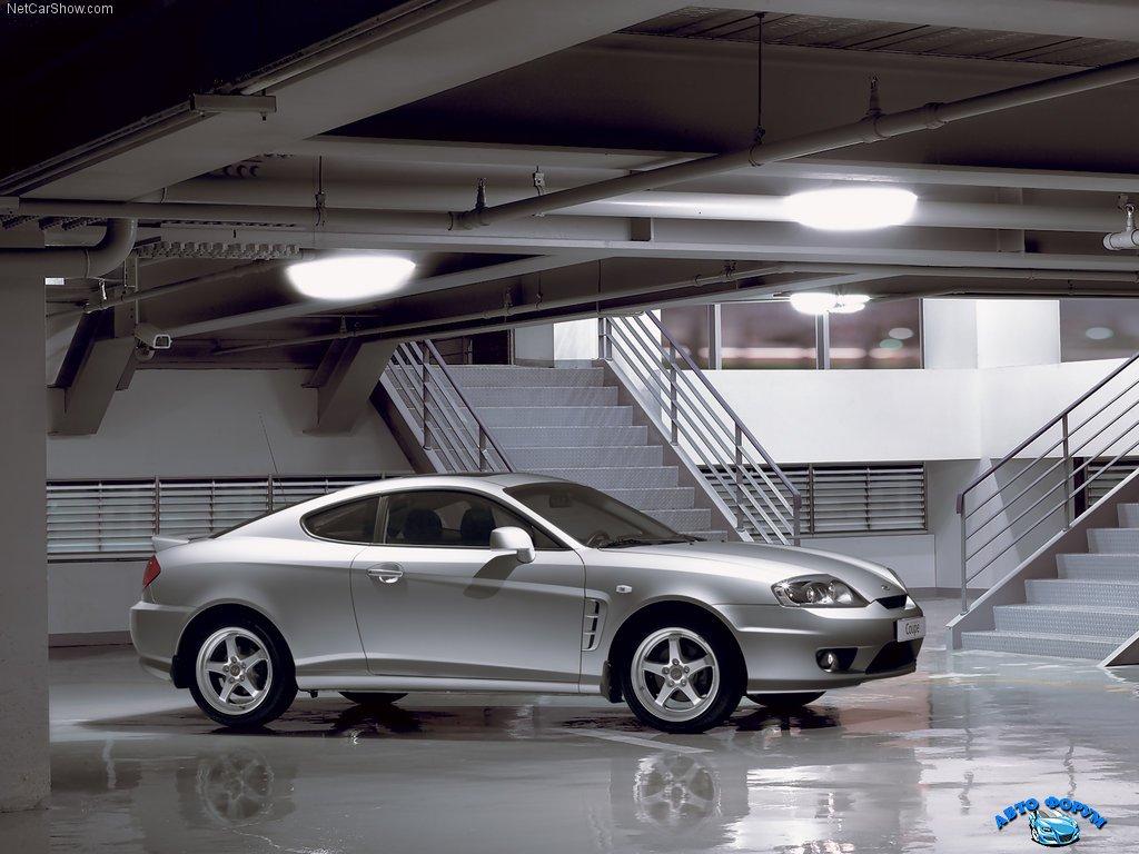 Hyundai-Coupe_2005_1024x768_wallpaper_04.jpg