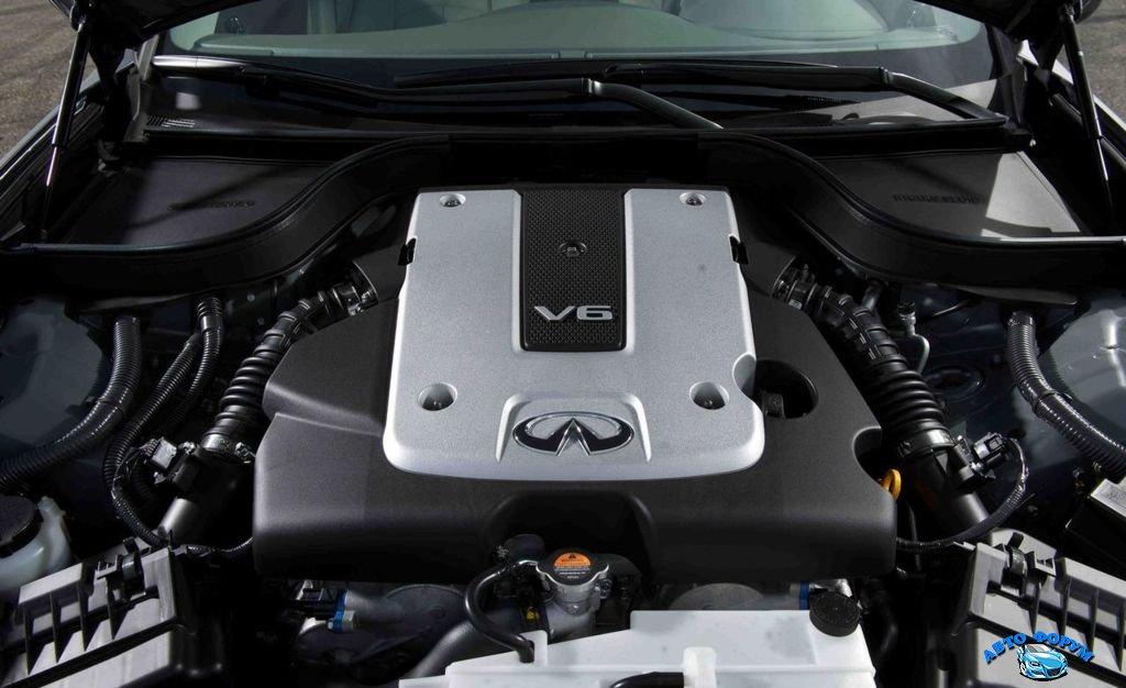 Infiniti-G25-sedan-2.jpg