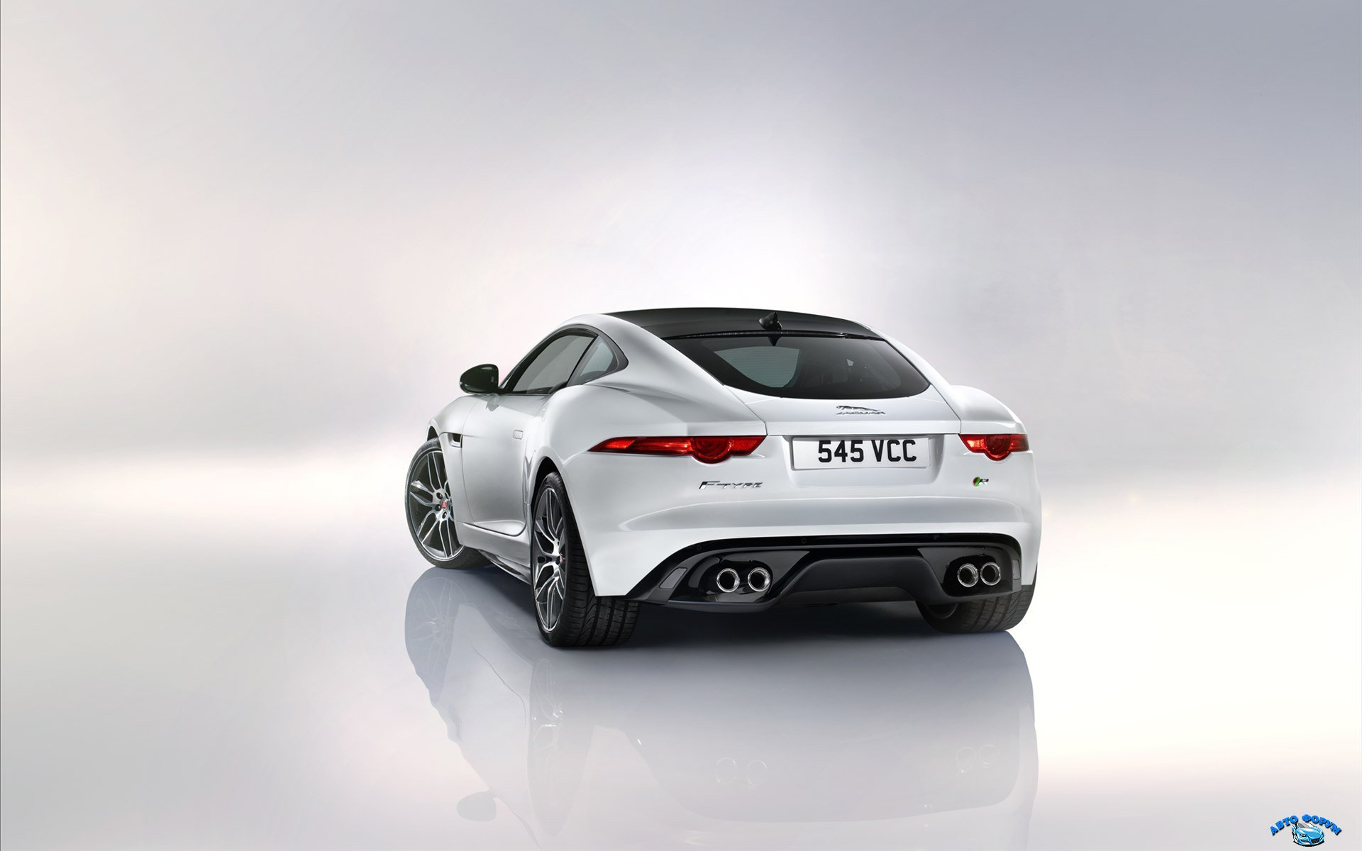 Jaguar-F-Type-R-Coupe-2015-widescreen-11.jpg