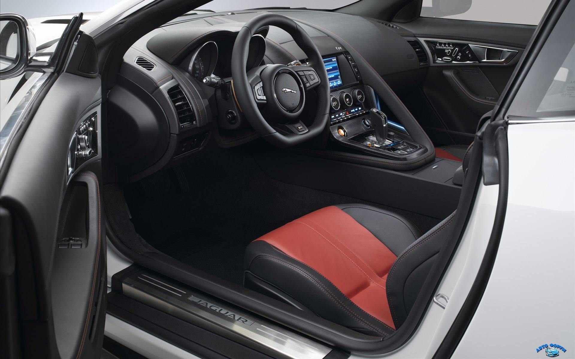 Jaguar-F-Type-R-Coupe-2015-widescreen-12.jpg