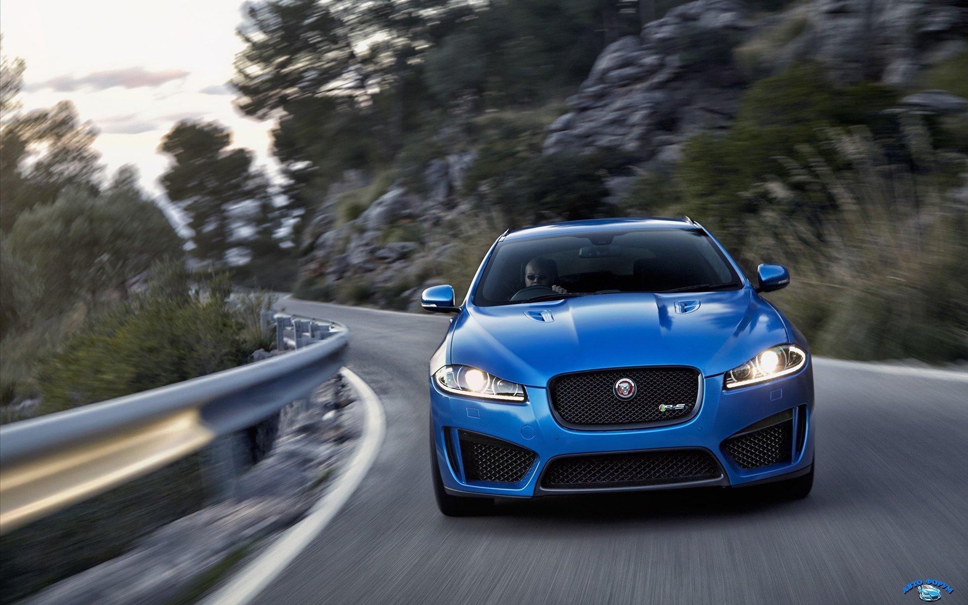 Jaguar-XFR-S-Sportbrake-2015-widescreen-17.jpg