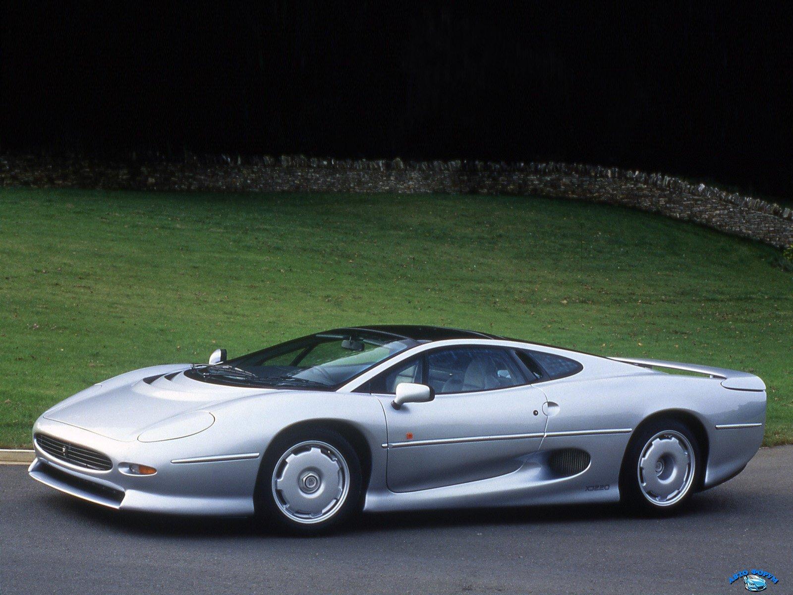 Jaguar_XJ_Coupe_1992.jpg