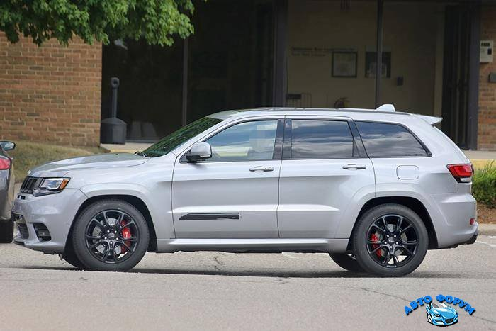 Jeep-Grand-Cherokee-SRT3.jpg