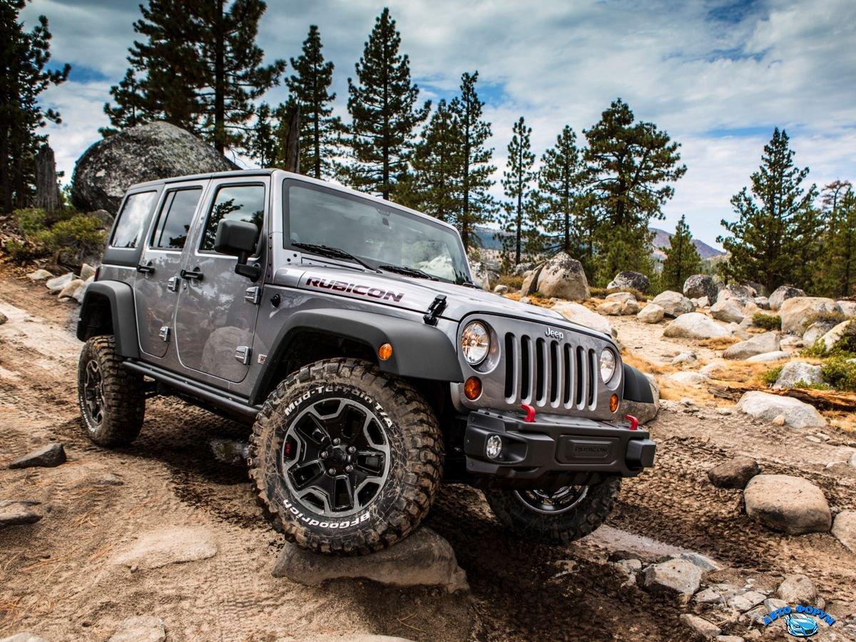 Jeep Wrangler Unlimited 2013-1.jpg