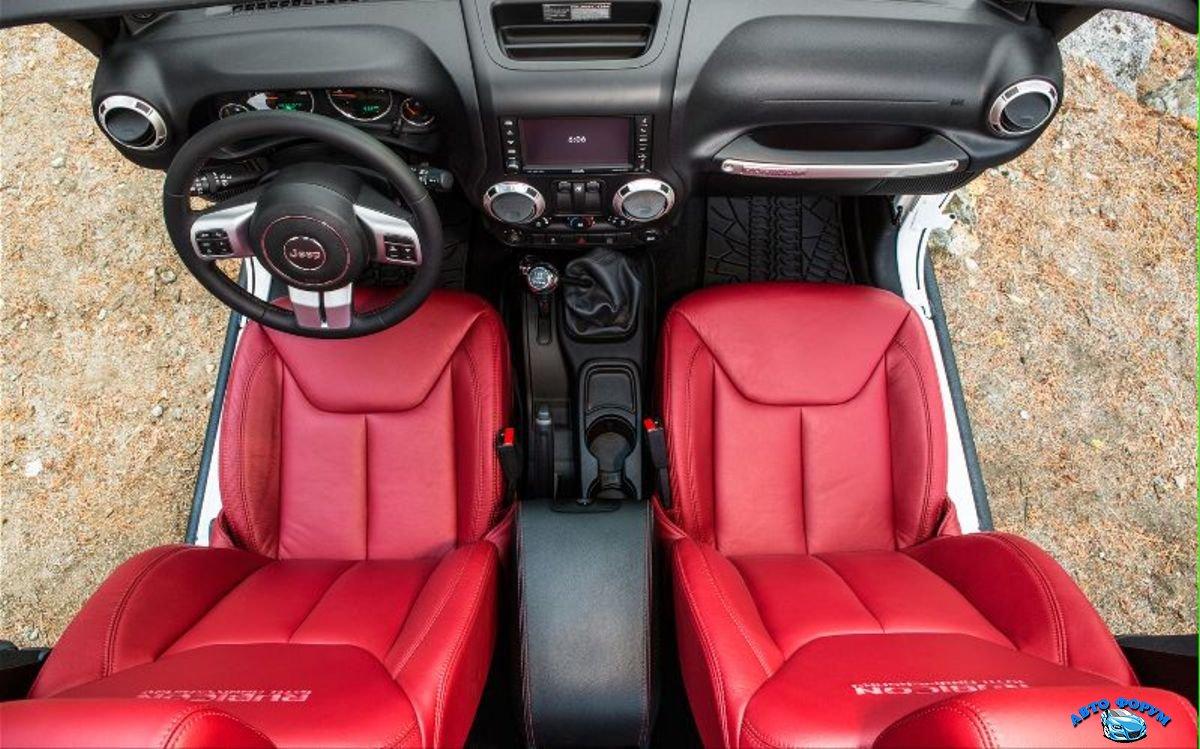 Jeep Wrangler Unlimited 2013-4.jpg