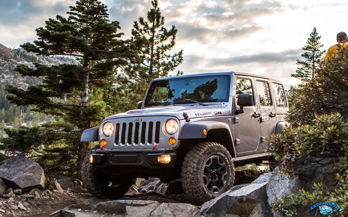 Jeep Wrangler Unlimited 2013.jpg