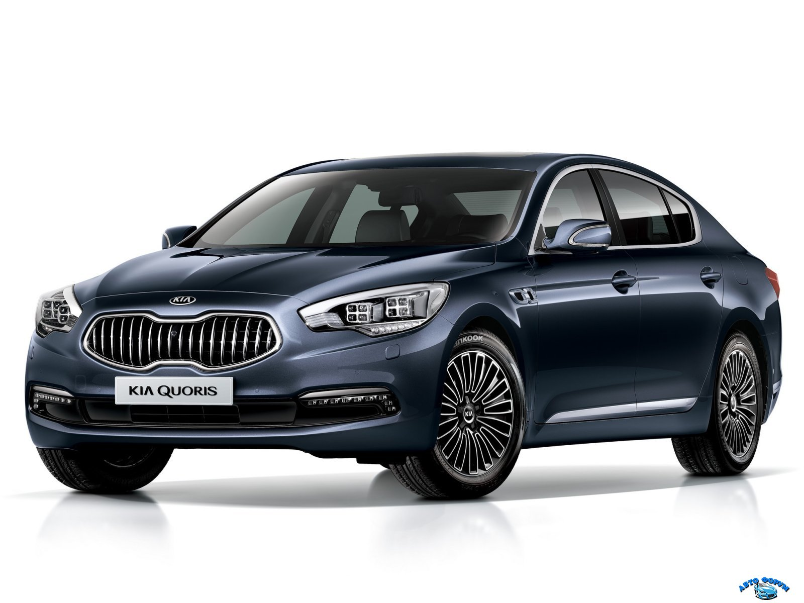 KIA_Quoris_Sedan_2012.jpg