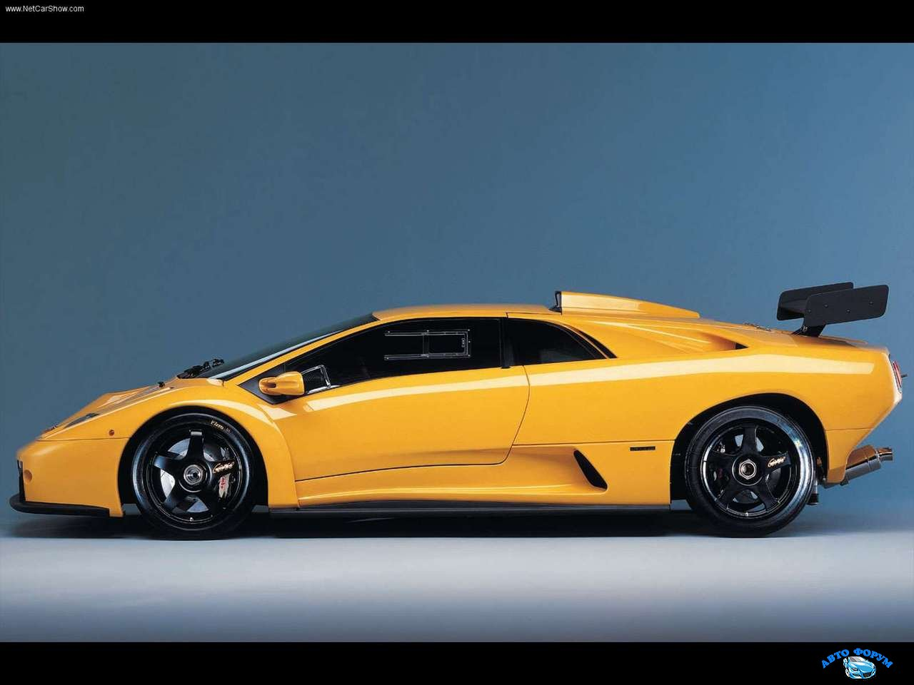 Lamborghini-Diablo_GTR_1999_1280x960_wallpaper_04.jpg