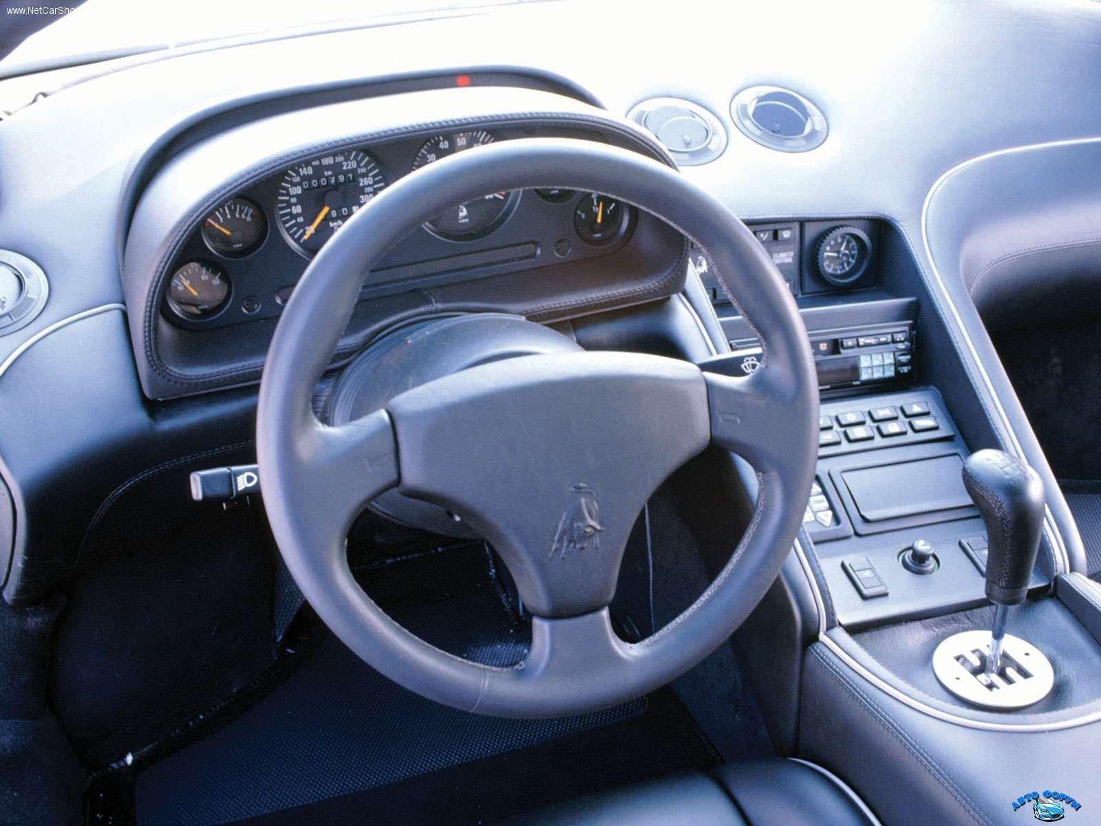 Lamborghini-Diablo_VT_1993_1600x1200_wallpaper_08.jpg
