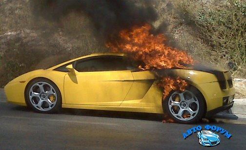 Lamborghini-Gallardo-Fire-Athens-0.jpg