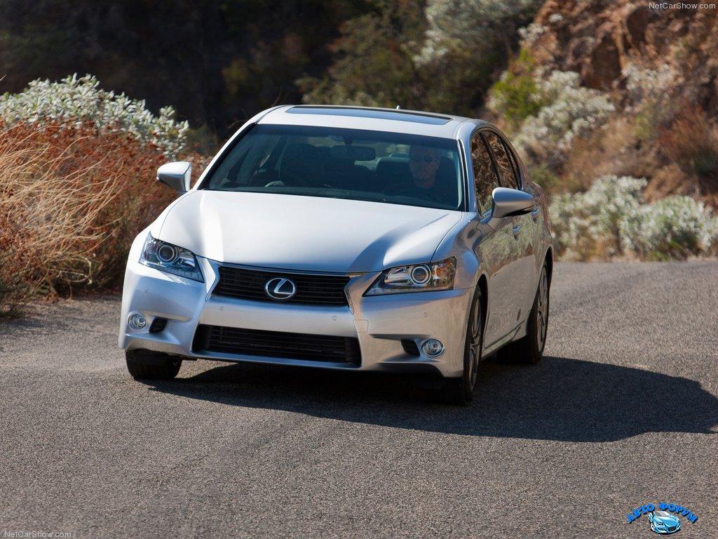 Lexus-GS_350_2013_1024x768_wallpaper_10.jpg