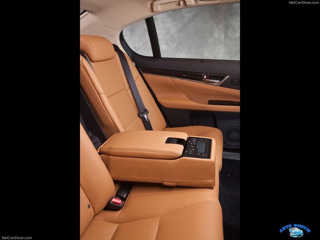 Lexus-GS_350_2013_1024x768_wallpaper_5a.jpg