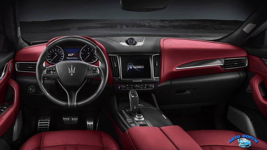 Maserati Levante GTS 2019.jpg