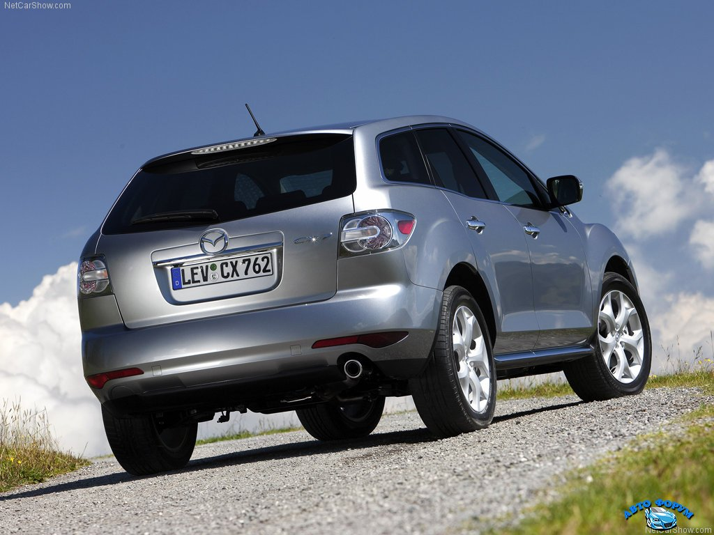 Mazda-CX-7_2010_1024x768_wallpaper_20.jpg