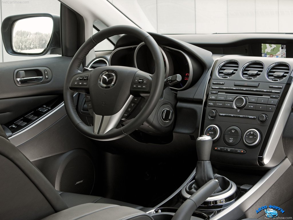 Mazda-CX-7_2010_1024x768_wallpaper_37.jpg