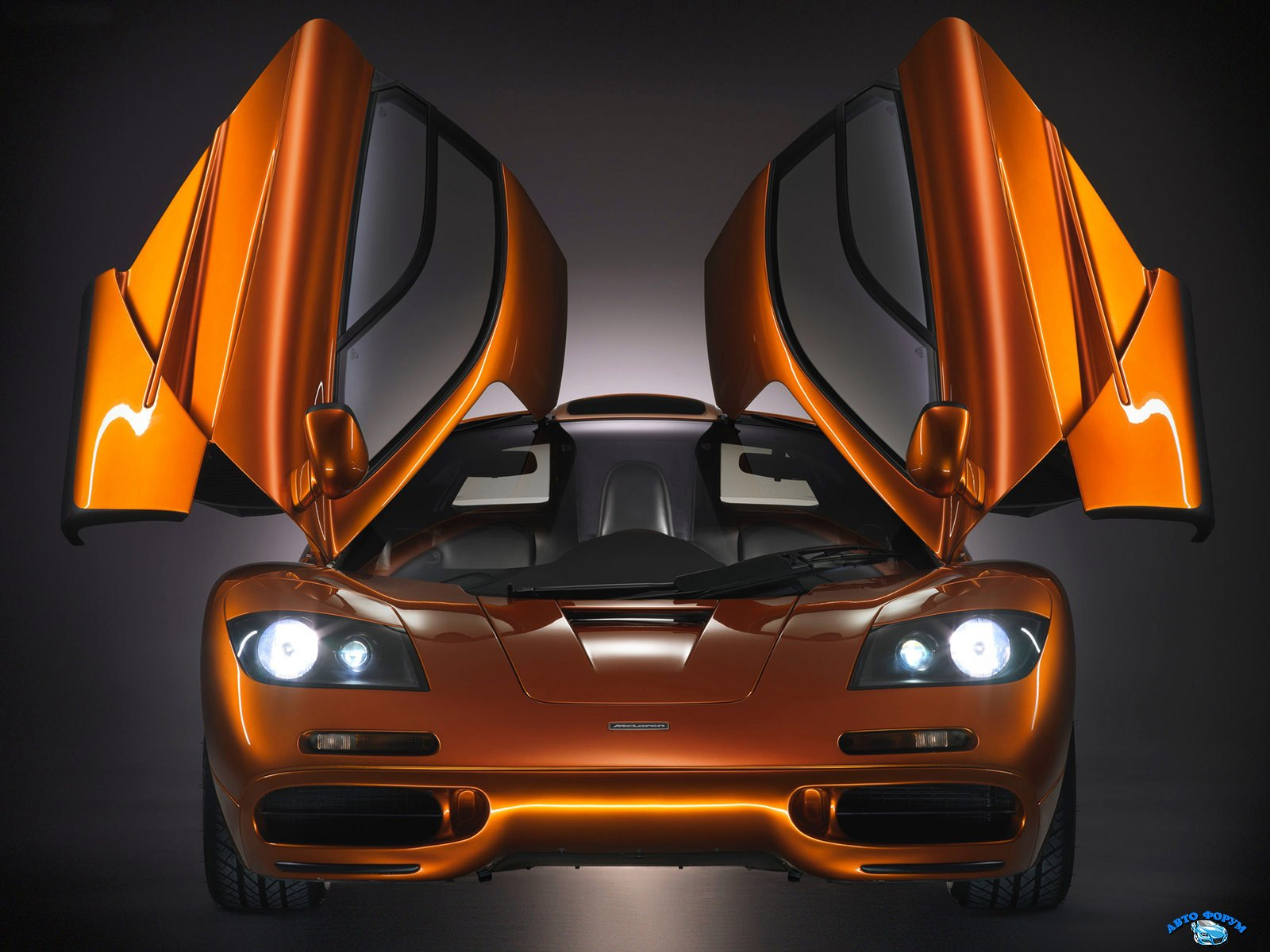 McLaren-F1_1993_5.jpg