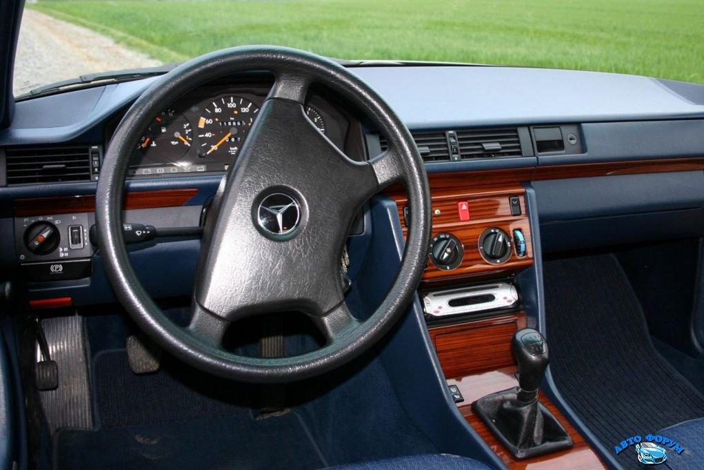 Mercedes-Benz-124-8.jpg