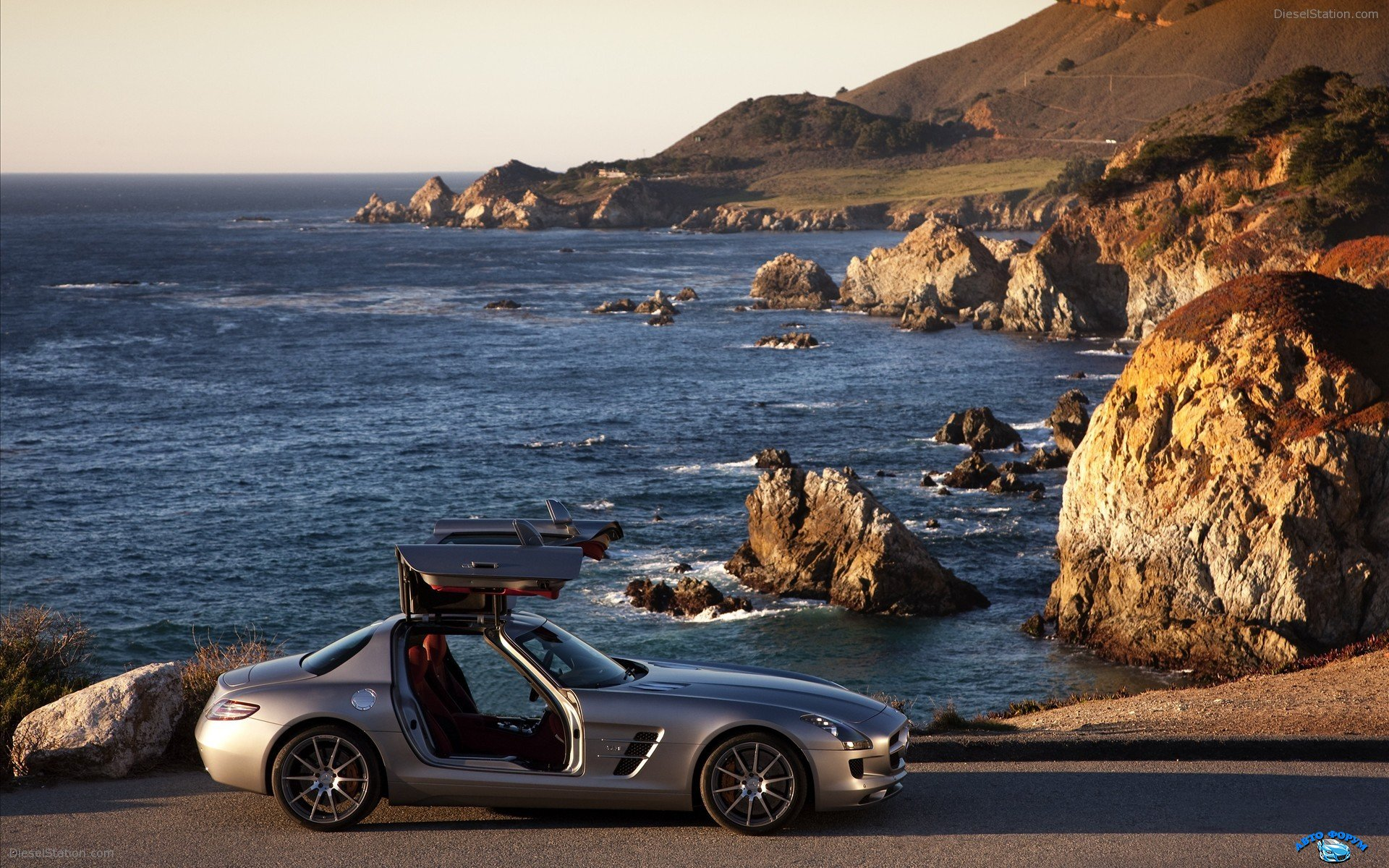 Mercedes-Benz-SLS-AMG-2011-widescreen-14.jpg