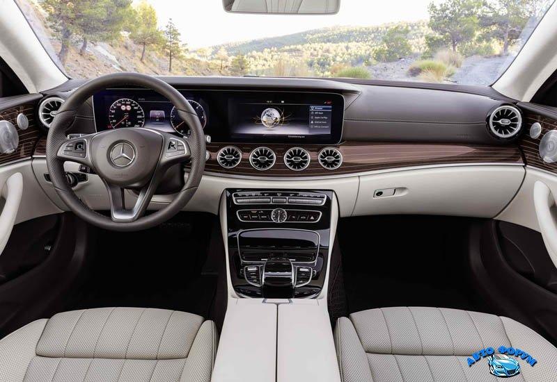 Mercedes_E-Class_Coupe_2017-2018_023.jpg