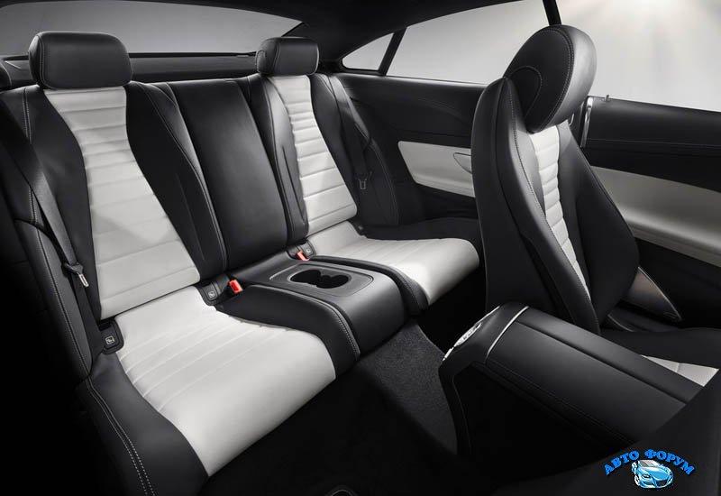 Mercedes_E-Class_Coupe_2017-2018_026.jpg