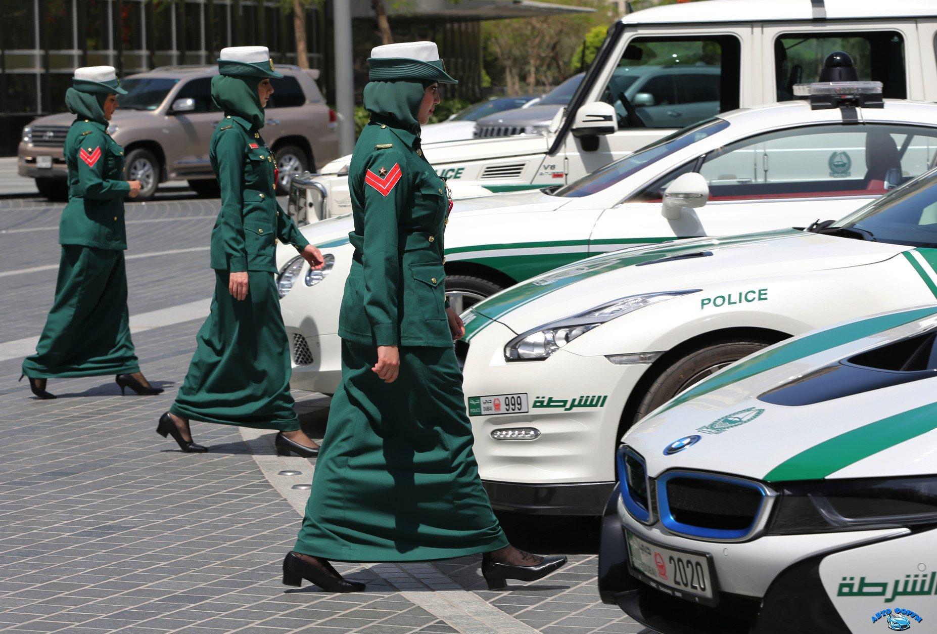 Mideast-Dubai-Police-Exotic-Cars1-1854x1254.jpeg