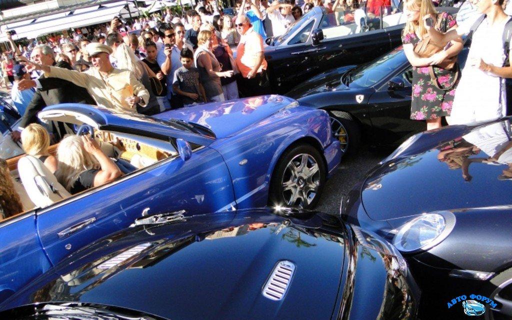 Monte-Carlo-Casino-Square-exotic-car-crash-3-1024x640.jpg