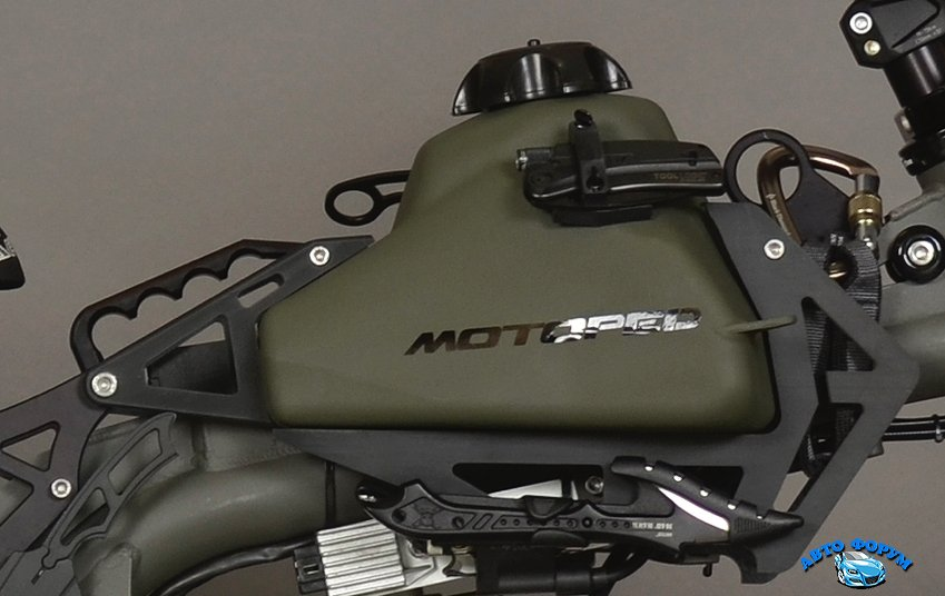 motopeds-survival-bike-is-the-ultimate-in-pedal-power-adventuring-photo-gallery_5.jpg