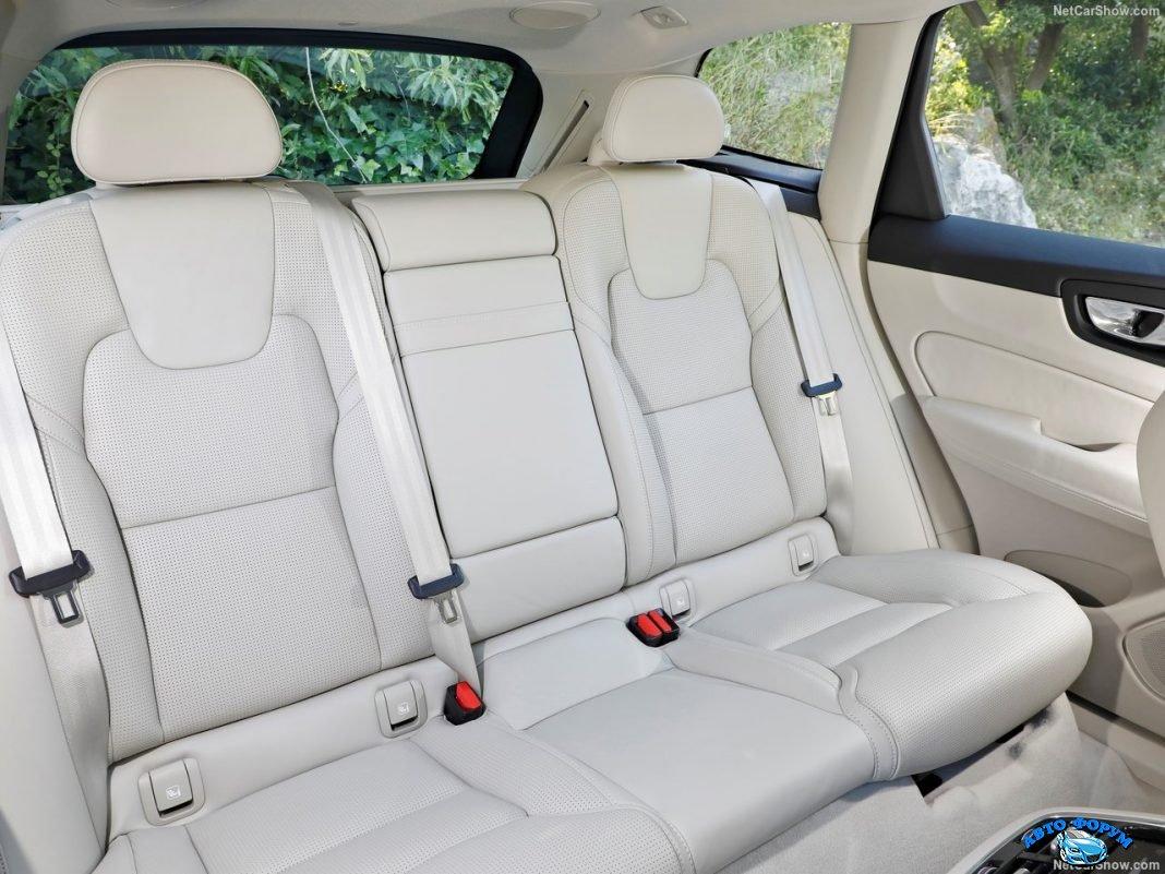 New Volvo XC 60 2018_1.jpg