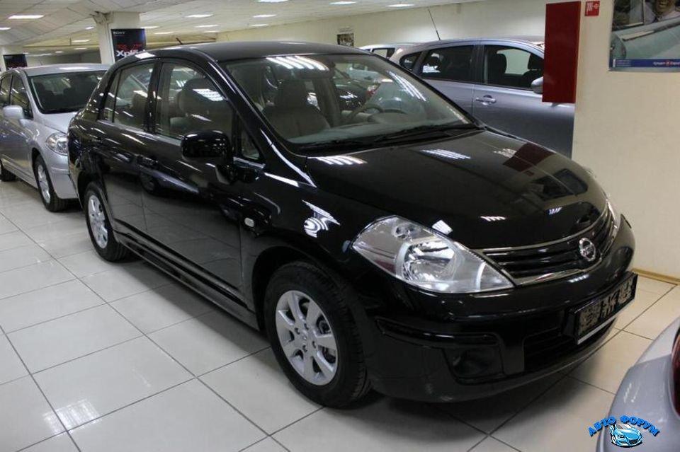 Nissan Tiida-5.jpg