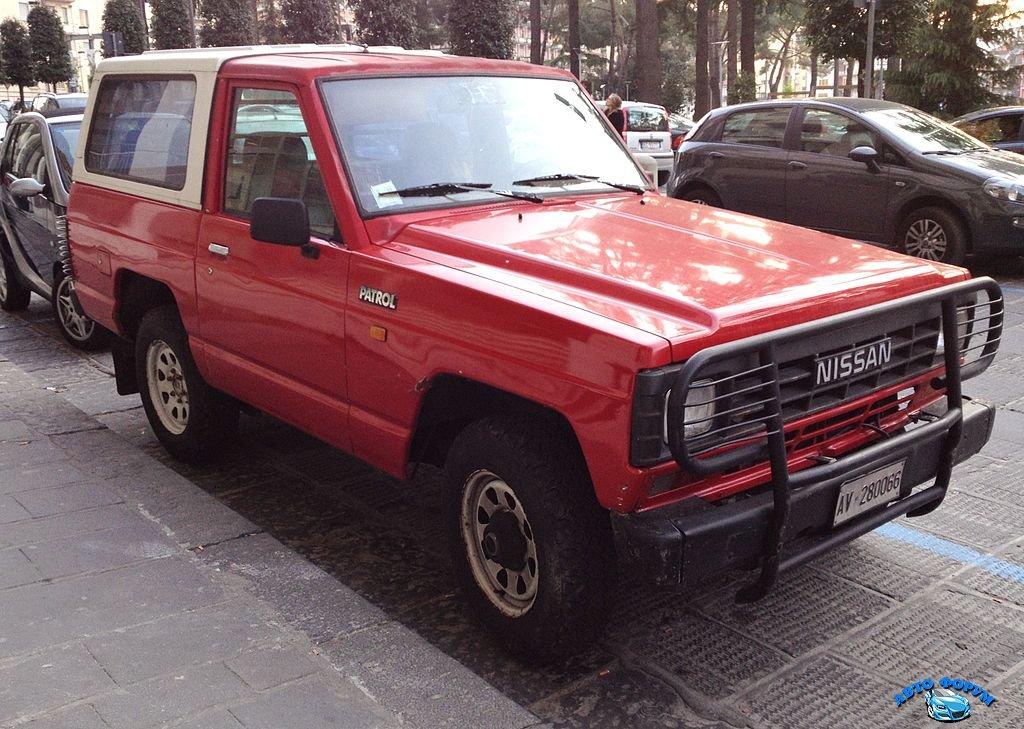 Nissan_Patrol_160_3door.JPG