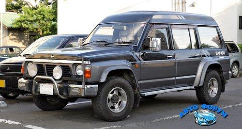 Nissan_Safari_Y60_003.JPG