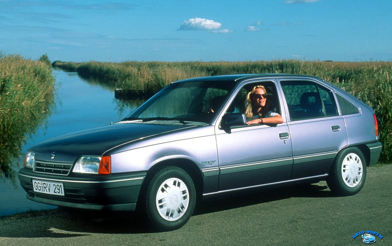 opel-kadett-europe-1990.jpg