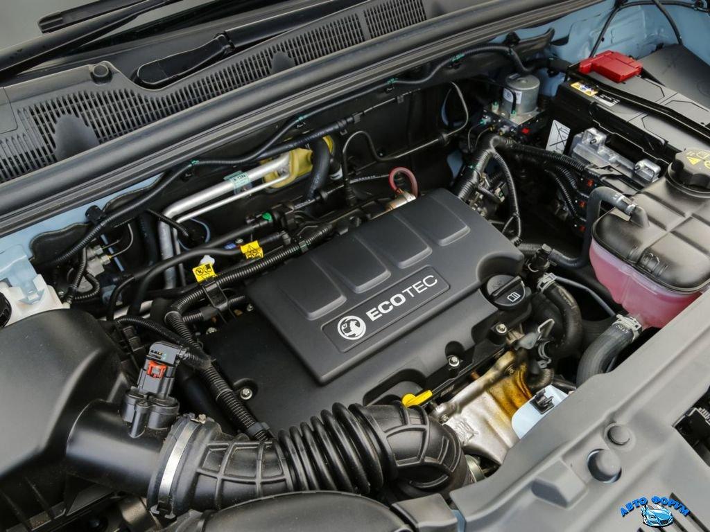 Opel Mokka 2013-7.jpg