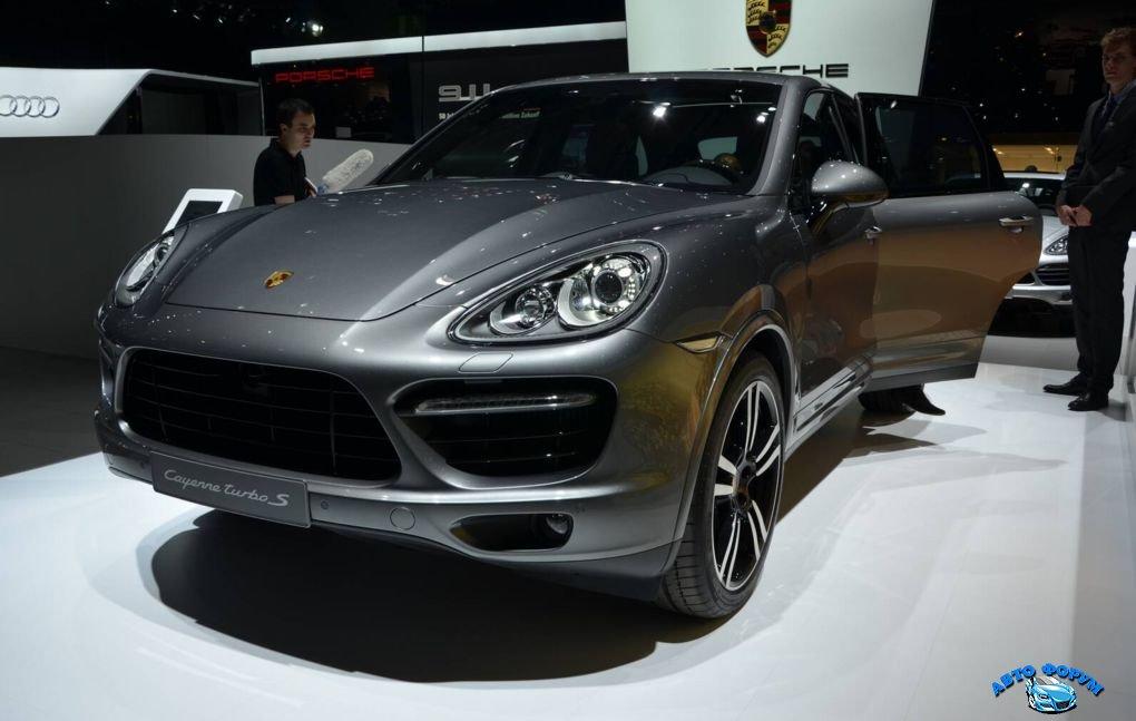 Porsche Cayenne-1.jpg