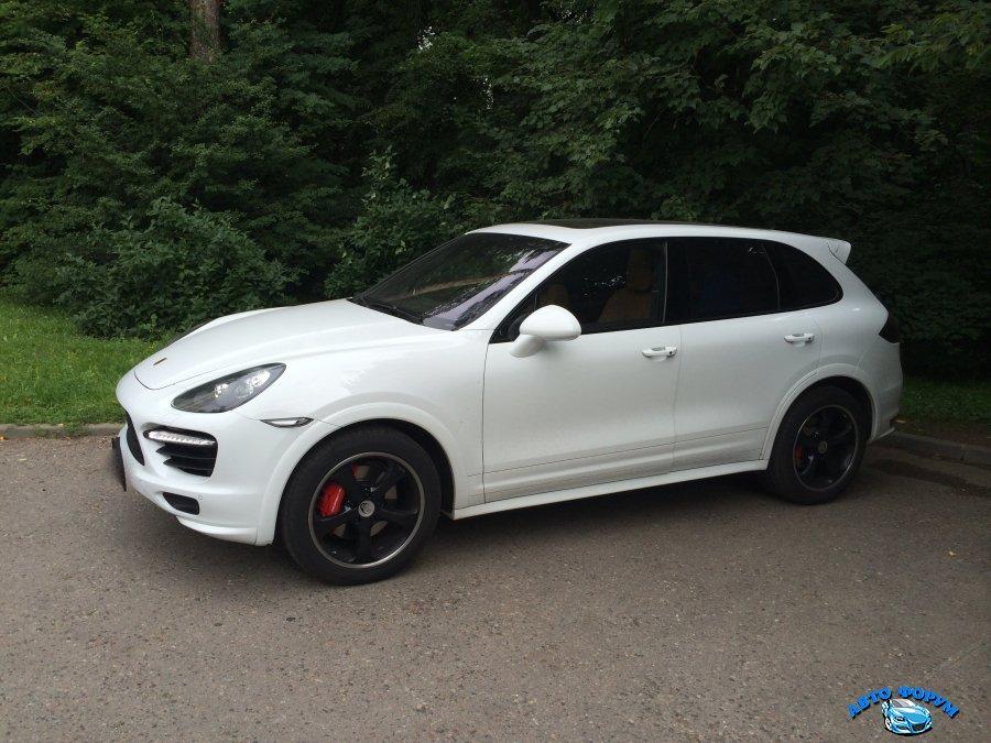 Porsche-cayenne-gts0.JPG