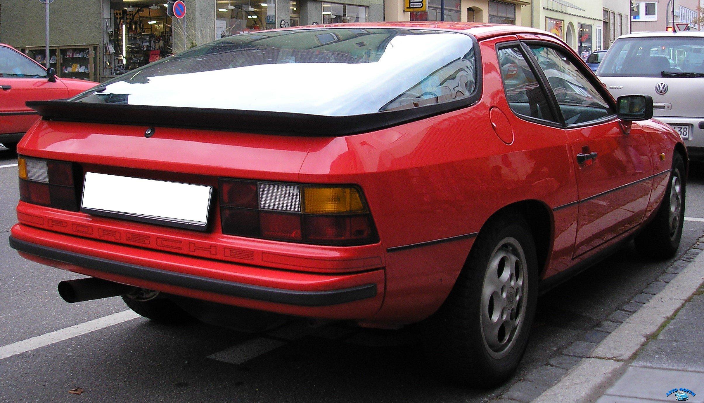 Porsche_924_rear1.jpg