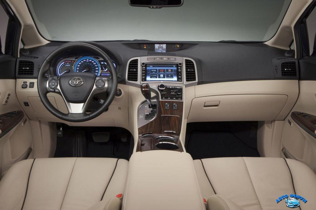 Тойота Venza 2014.jpg