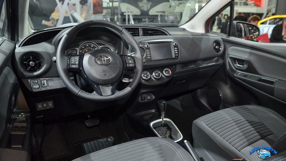 Toyota-Auris-2018-9.jpg