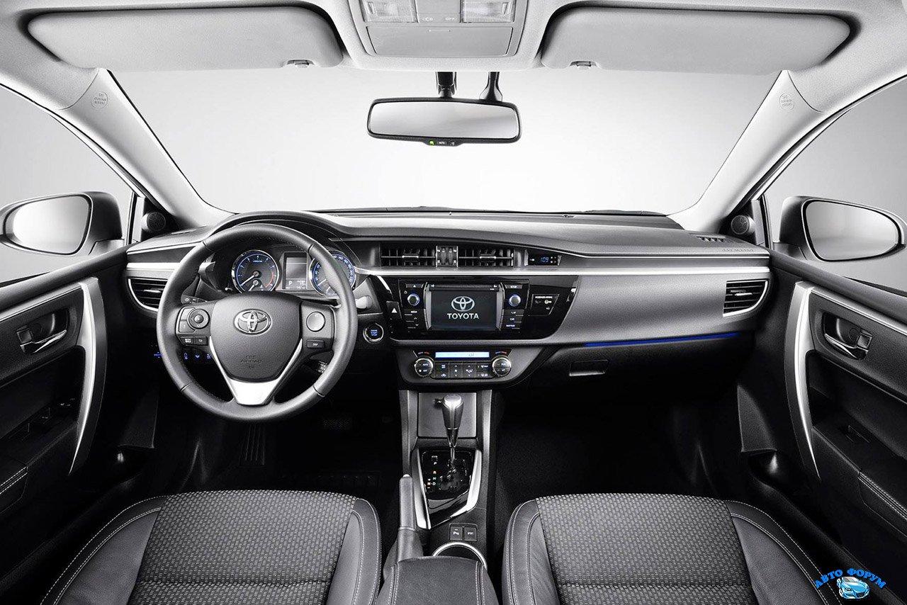 Toyota Corolla-3.jpg